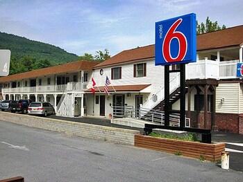 Villager Motor Inn