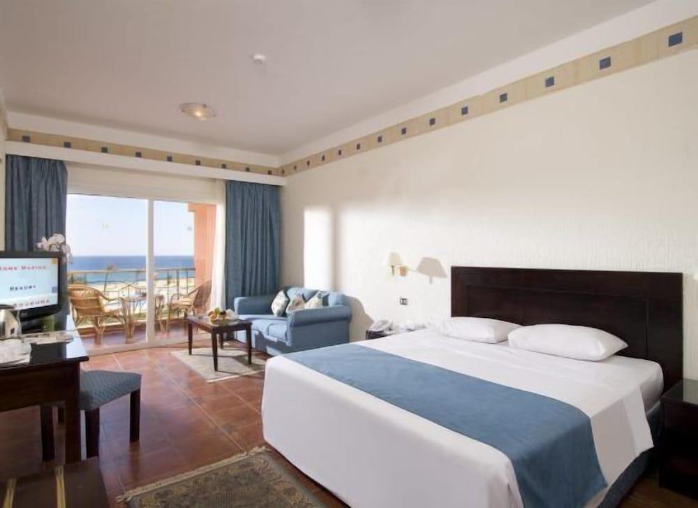 Dome Marina Hotel & Resort