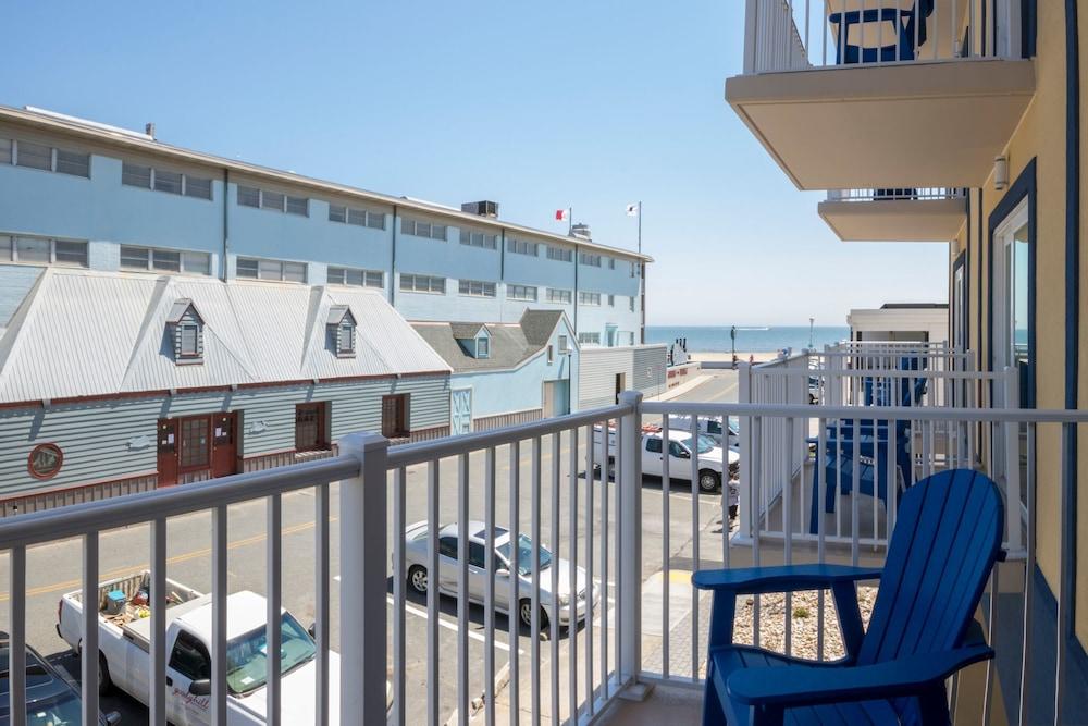 Crystal Beach Hotel Photos 43