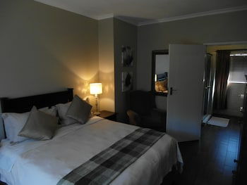 Silverstone Guest House - Guestroom  - #0