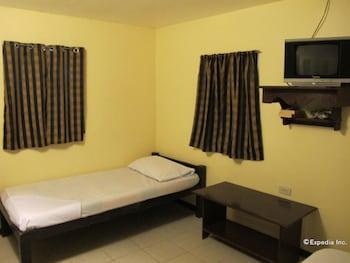 Blue Ribbon Dive Resort Puerto Galera Guestroom