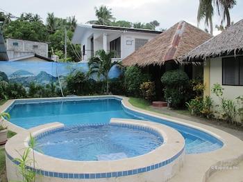 Blue Ribbon Dive Resort Puerto Galera Outdoor Pool