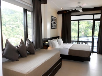 One Crescent Place Boracay Guestroom