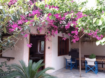 Photo for Olive Tree Cottages in Kantanos-Selino