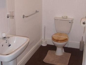 St Michael's Guest House - Bathroom  - #0