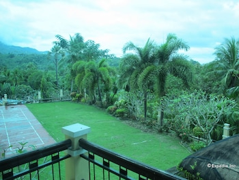 The Manor at Puerto Galera Guestroom View