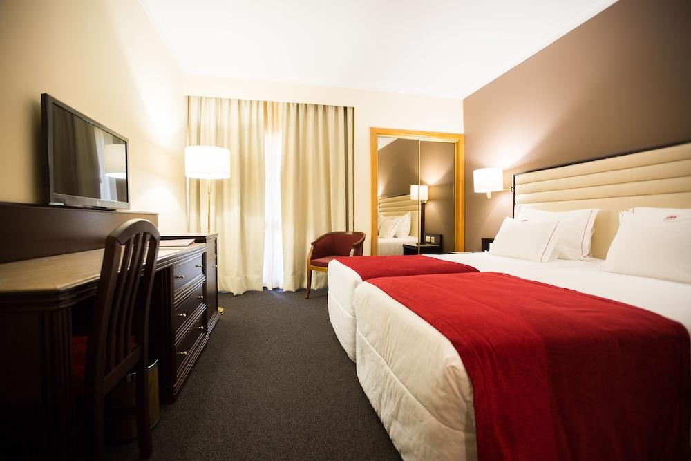 Hotel Mira Corgo