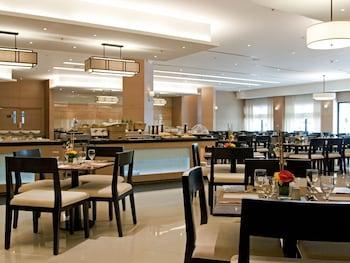 Quest Hotel Cebu Restaurant