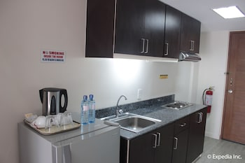 Subic Coco Hotel In-Room Kitchen