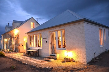 Mulberry Cottage B&B - Hotel Front - Evening/Night  - #0
