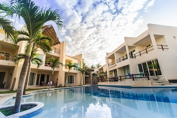 Photo for Coral Maya Condo Hotel in Puerto Aventuras