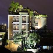 拉蘇娜艾康飯店