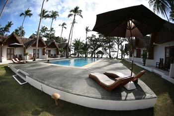 Elysia Beach Resort Donsol Outdoor Pool
