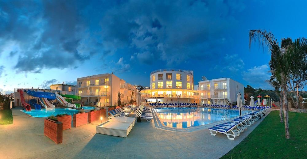 Bodrum Beach Resort - All Inclusive