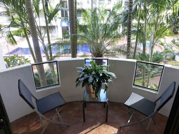 St Tropez Apartments - Balcony  - #0