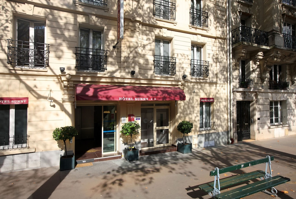 Hotel Sunny Hotel In Paris City Centre Paris France Paris City