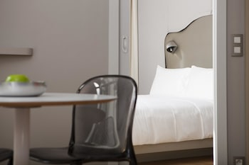 Nell Hotel & Suites, BW Premier Collection