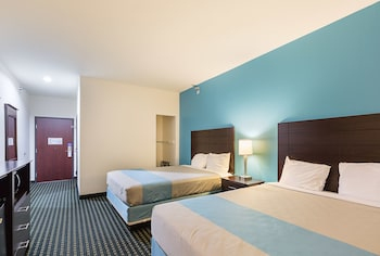 Budget Inn and Suites in Ganado, Texas