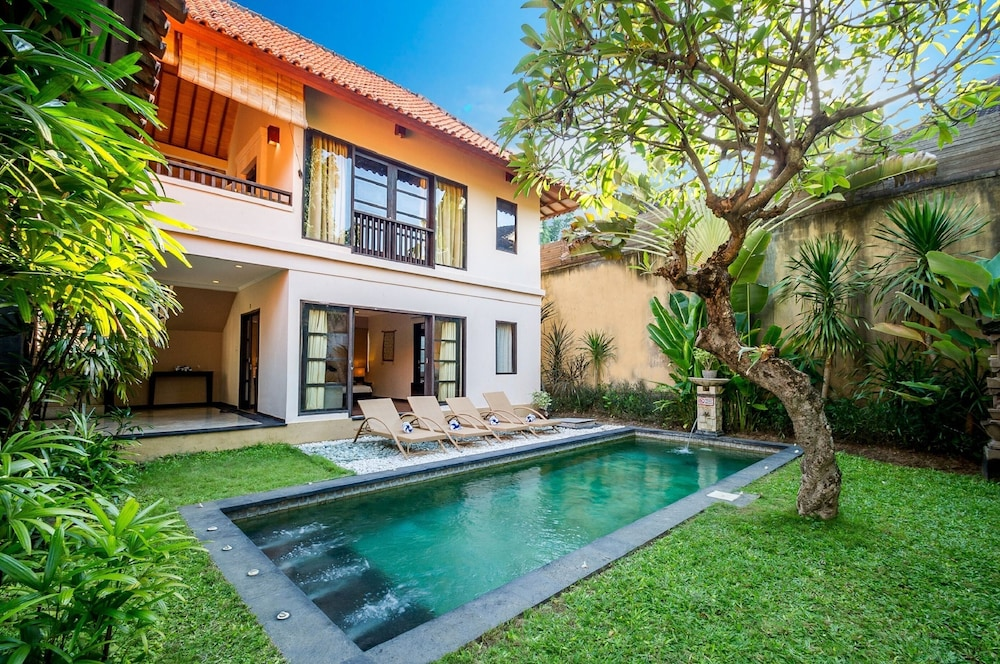Dampati Villas Sanur Bali Price Address Reviews