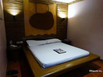 Hotel Paradis Manila Guestroom