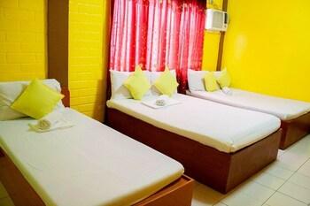 La Maria Pension Hotel Cebu Guestroom View