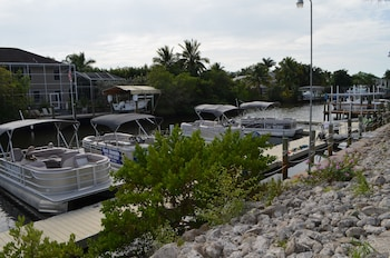 頂級島水岸渡假村暨碼頭