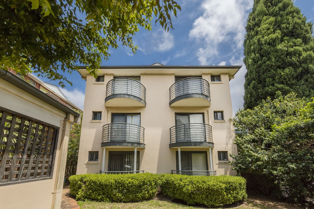 Waldorf Hornsby Residential Apartments