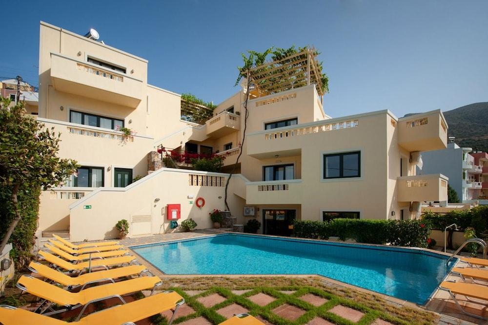 Villiana Holiday Apartments