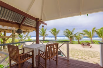 Sunrise Beach Bungalows in Rarotonga