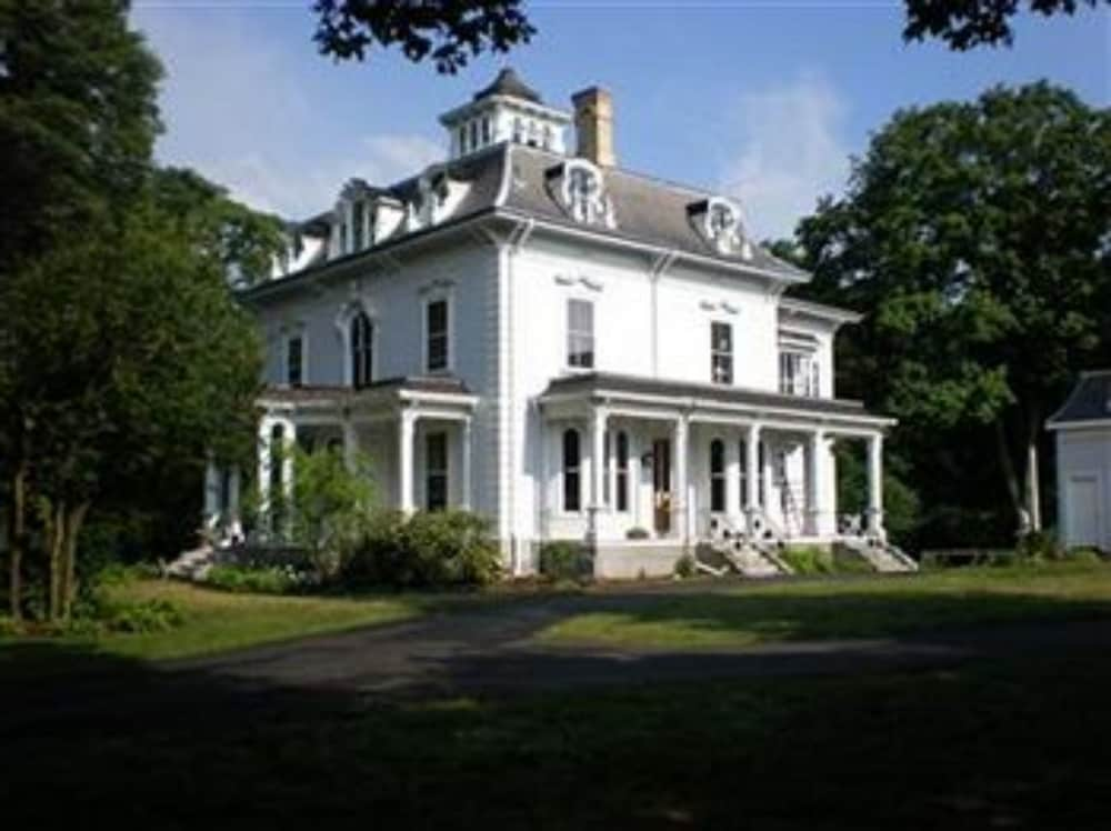 The Proctor Mansion Inn