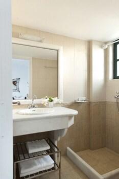 Anthonas Apartments - Bathroom  - #0