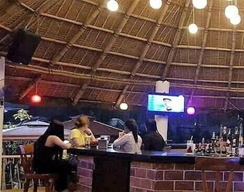 Woodland Hotel Pampanga Hotel Bar