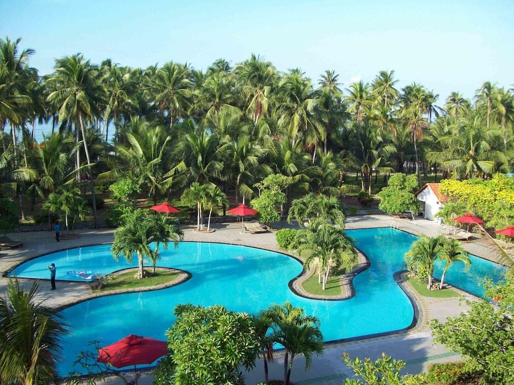 Muine deCentury Beach Resort & Spa