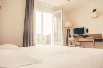 Terres de France - Appart'Hotel Quimper