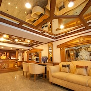 曼谷金色房屋飯店