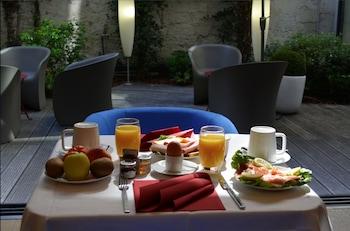 Hôtel Hor - Breakfast Area  - #0