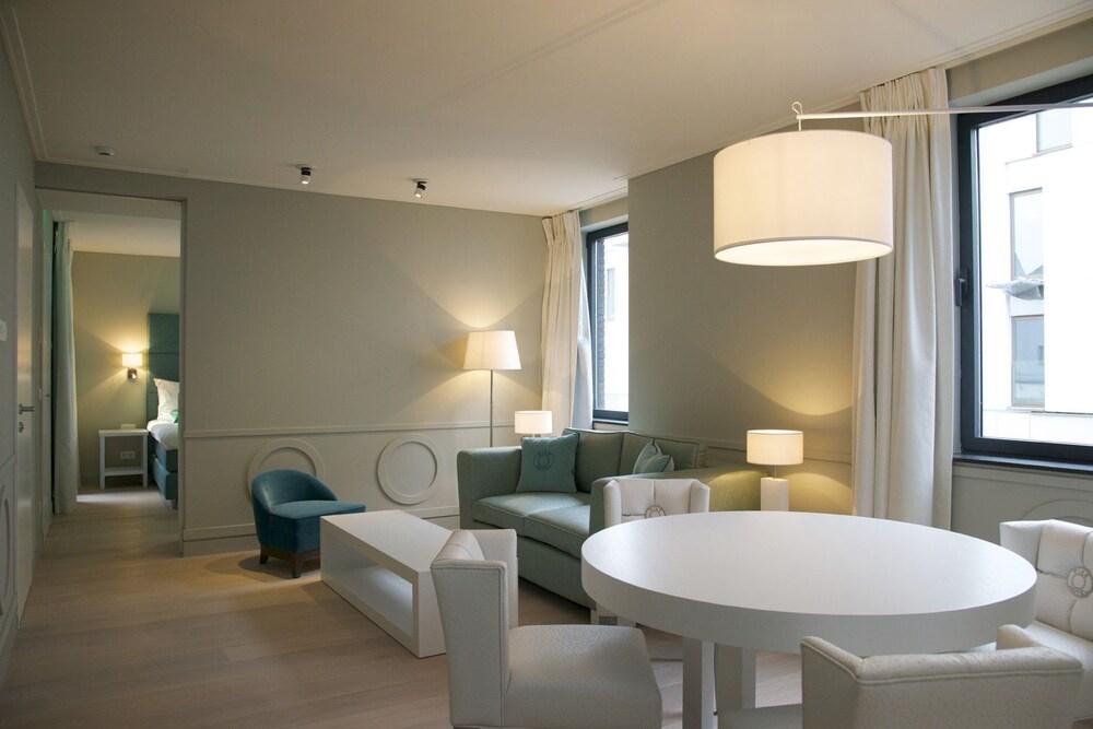 Mechelen Hotels - 𝐁𝐨𝐨𝐤 𝐇𝐨𝐭𝐞𝐥𝐬 in Mechelen @ Rs