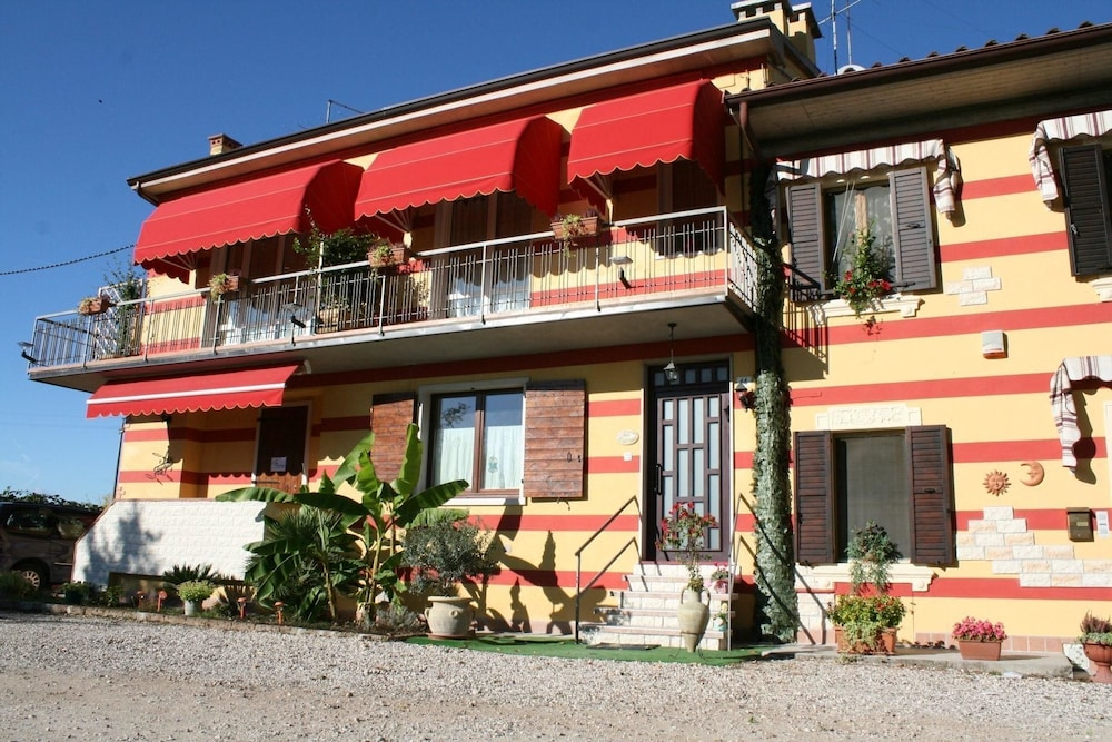 Ca' del Sasso Country House