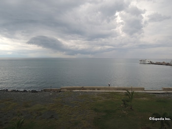 Days Hotel Cebu - Toledo Beach/Ocean View