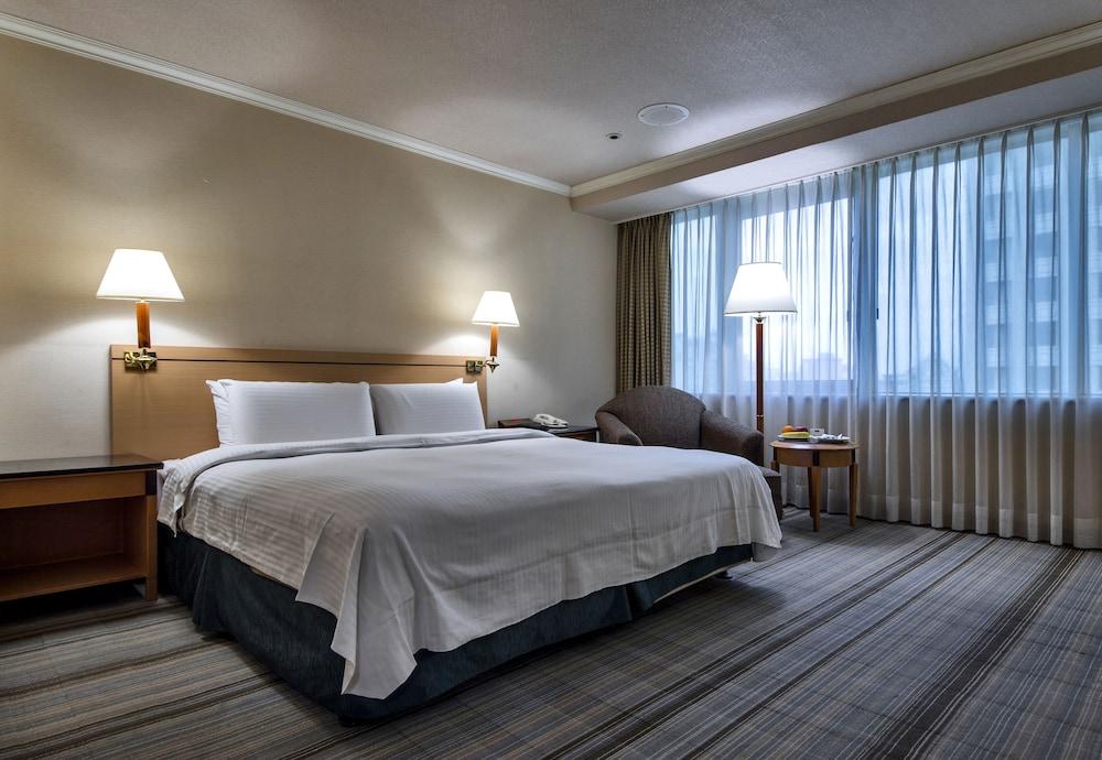 Carlton Hotel-Beida