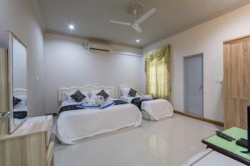 Photo for Ukulhas Inn in Ukulhas