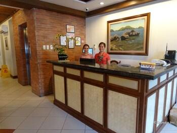Hotel Vicente Davao Reception