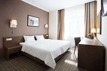 Aleksandrovskiy Hotel