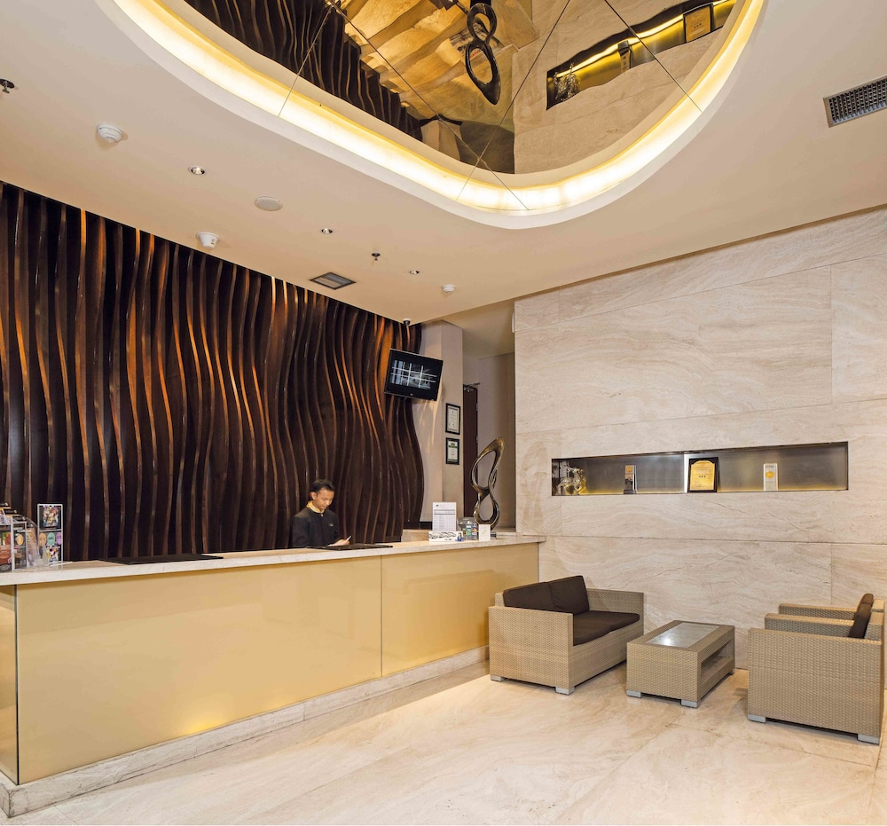 Midtown Hotel Surabaya Price Address Reviews
