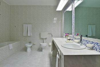 Miramar By Pestana - Bathroom  - #0