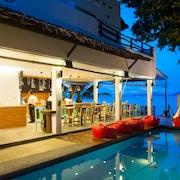 蘇梅島海灘吊床度假飯店
