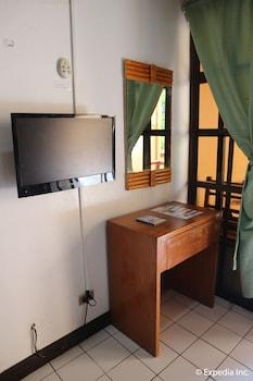 The Club Ten Beach Resort Boracay Living Area
