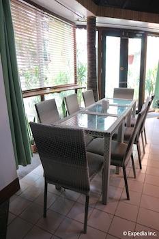 The Club Ten Beach Resort Boracay Dining