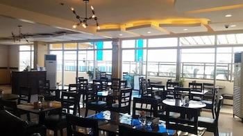 Devera Hotel Angeles Restaurant