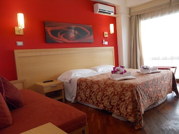 Photo for Catania Crossing B&B Rooms and Comforts in Catania